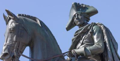 Statue Friedrich der Große - © rumifaz/Fotolia.com