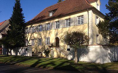 Das alte Forsthaus von Wilflingen in Oberschwaben - © Geschichte zu Fuß/R. Stohp