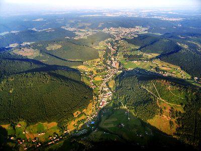Wandern in Baiersbronn im Schwarzwald. Attraktive Rundwanderungen mit kostenloser Kompass-Wanderkarte als Download.